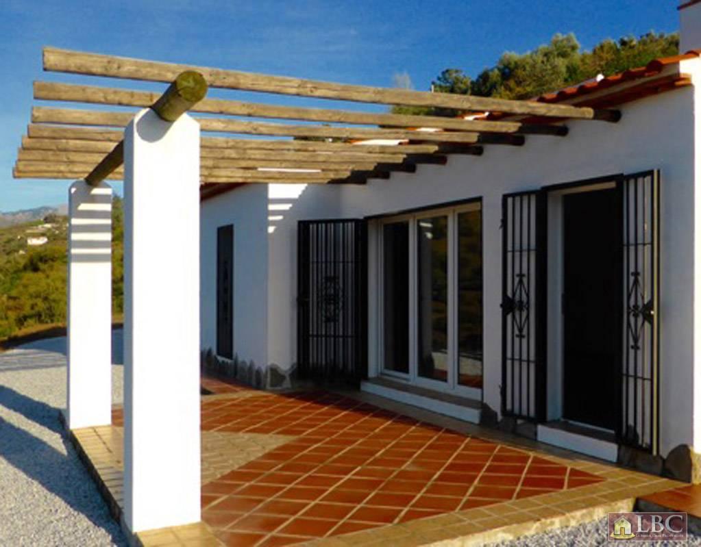 Pergola Mediterran properties beautiful villa 149 000
